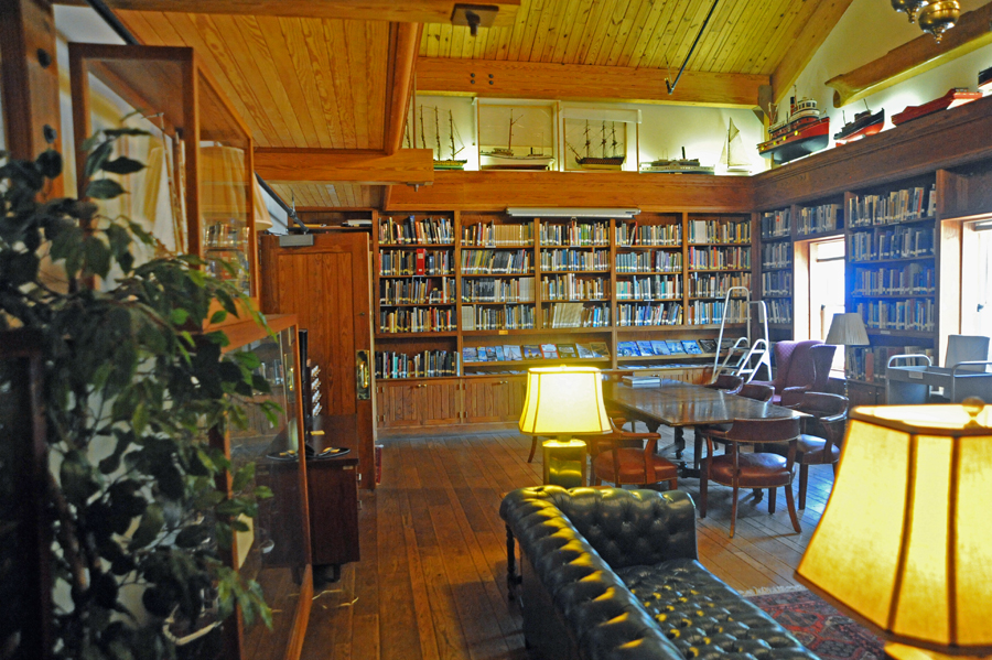 Maritime Museum Library