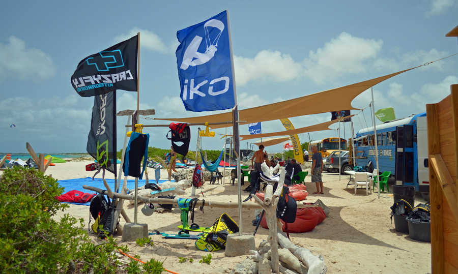 Bonaire kite boarding camp