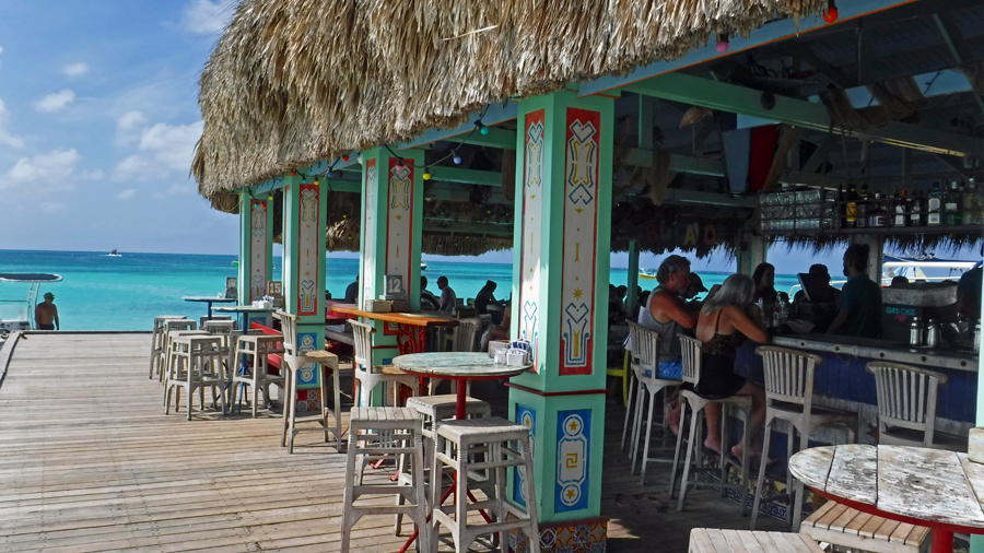 Bugaloe Beach Bar on the water at Palm Beach - Great views!