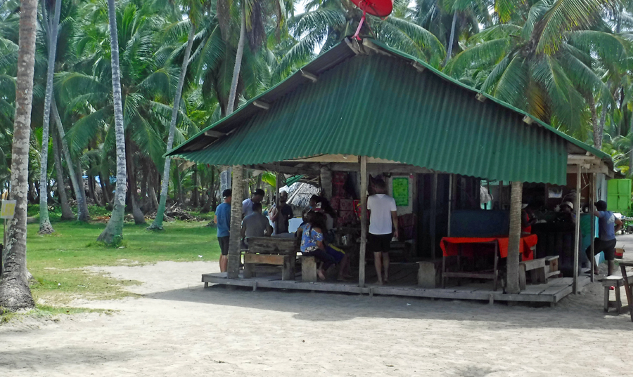 The hotel restaurant on Uchutupu Dummat