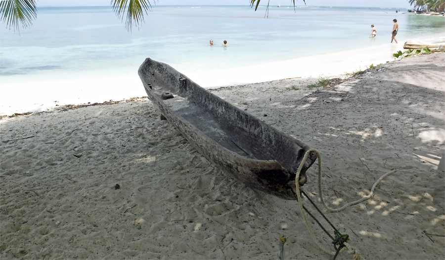 Traditional Kuna dugout canoe